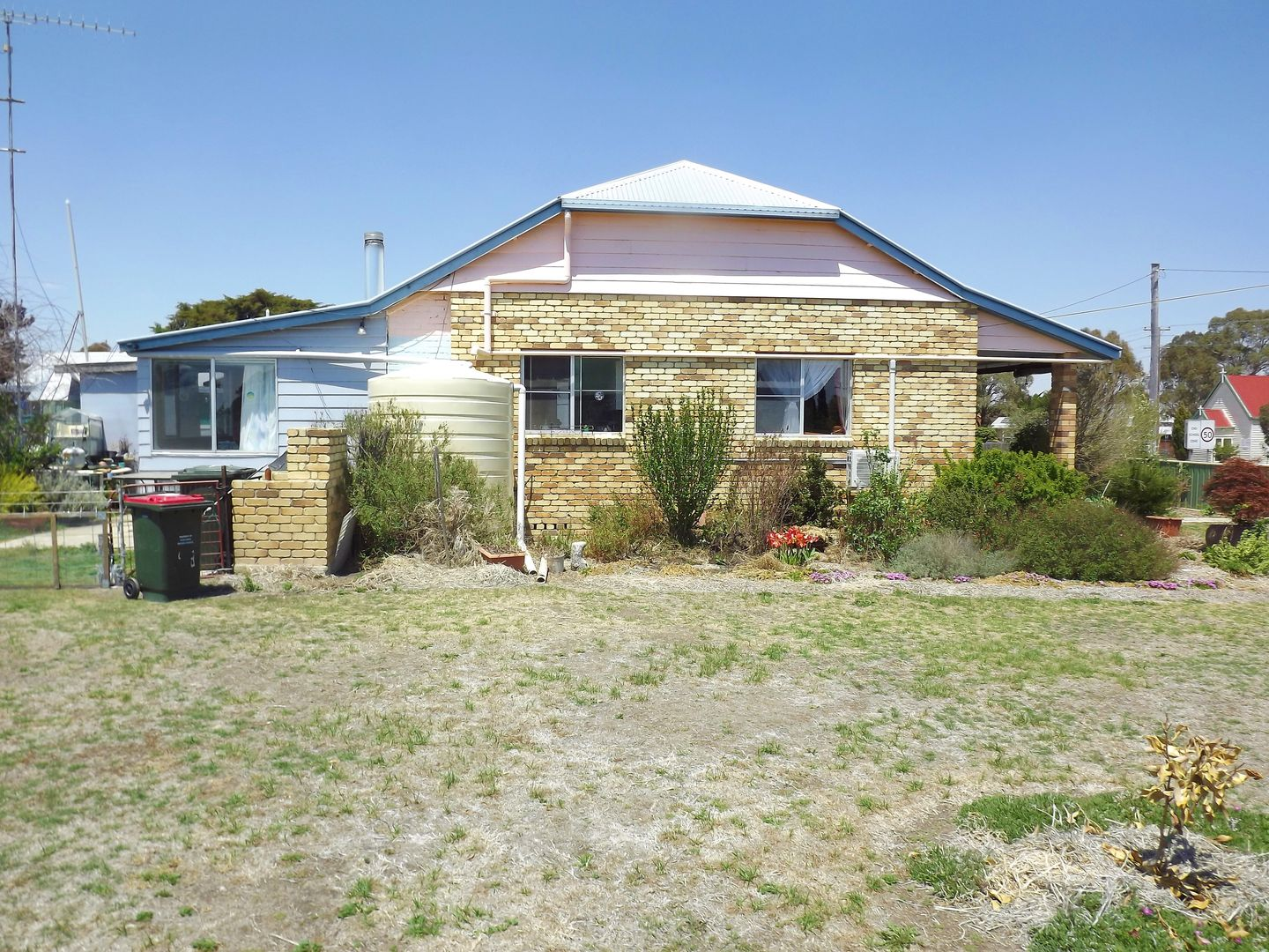 68 Forbes Street, Deepwater NSW 2371, Image 2