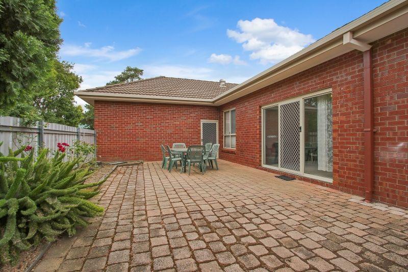 1/387 Kotthoff Street, Lavington NSW 2641, Image 2