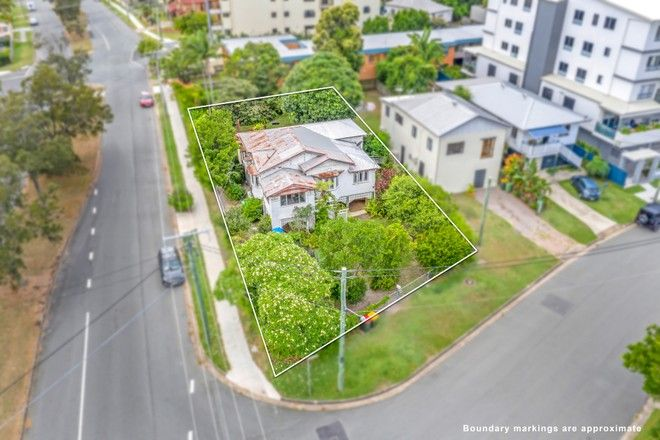 Picture of 18 Louis Street, REDCLIFFE QLD 4020