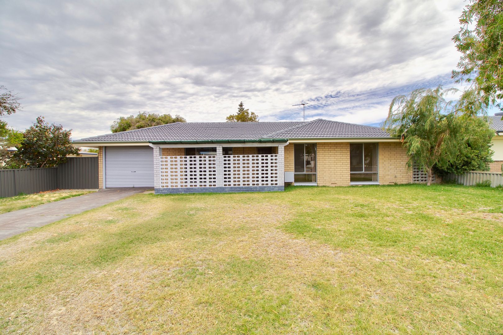 14 Charthouse Road, Safety Bay WA 6169, Image 0