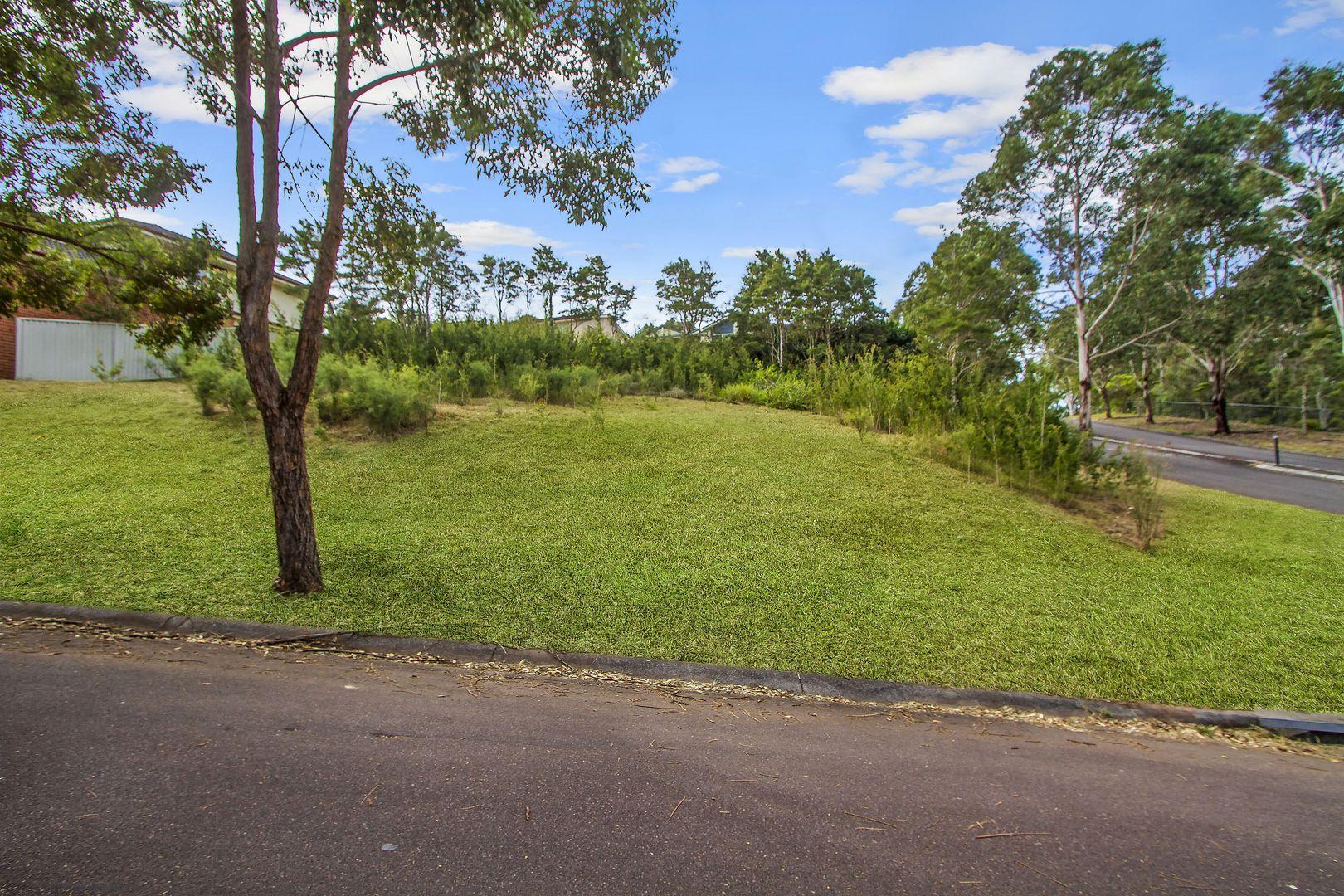 1 Weaver Crescent, Watanobbi NSW 2259, Image 2