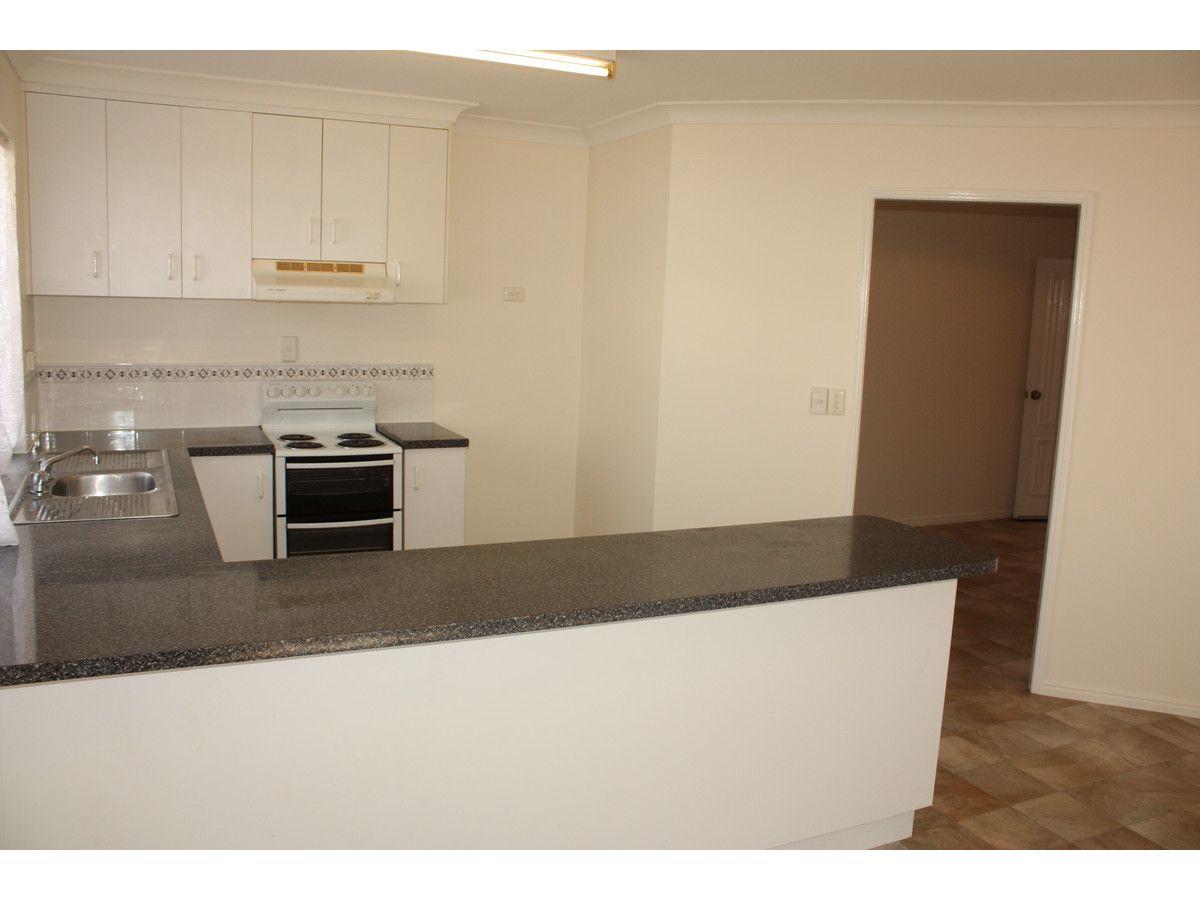 6 Arawa Street, Kelso QLD 4815, Image 2