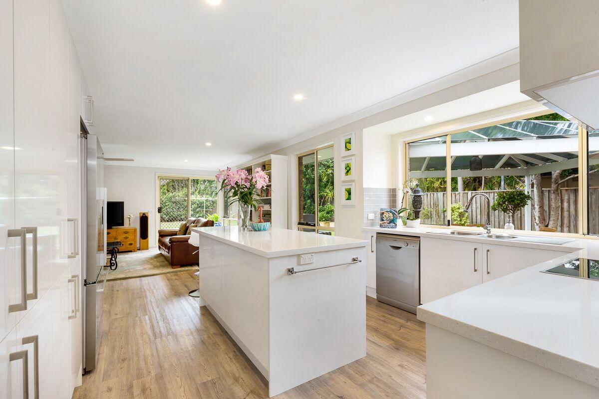 48 Bangalow Avenue, Mona Vale NSW 2103, Image 0