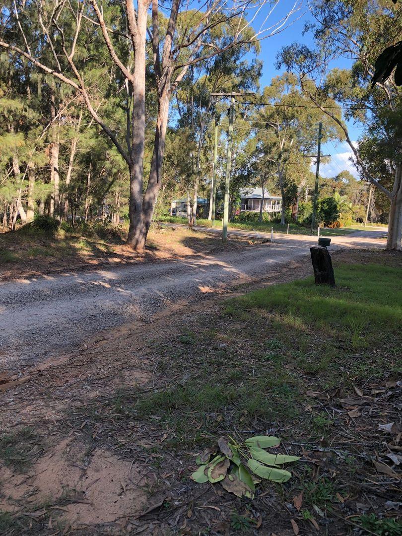 10 Frangipanni St, Russell Island QLD 4184, Image 2