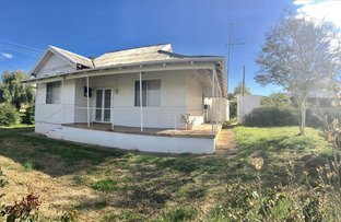 18 Wentworth St, Parkes NSW 2870