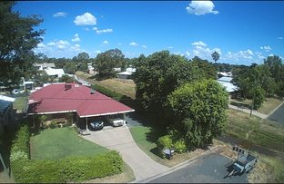 Picture of 76 Braeside Road, Emerald QLD 4720