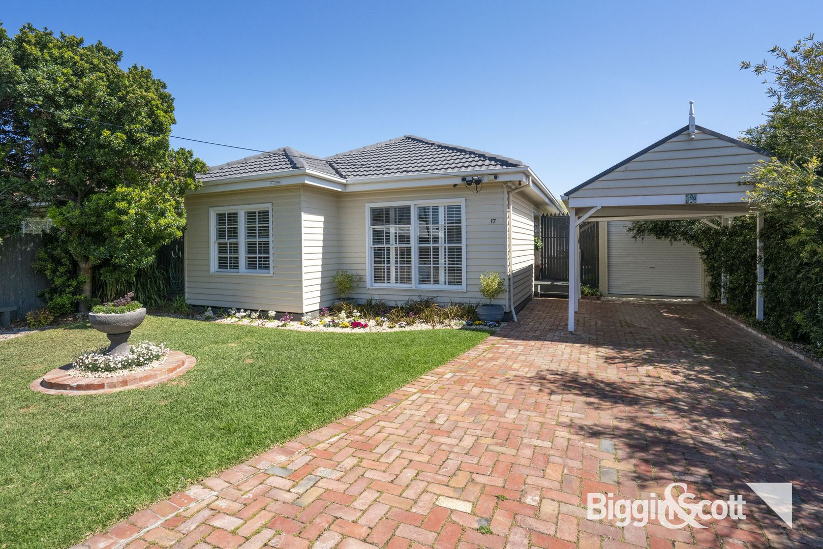 17 Cleghorn Avenue, Altona North VIC 3025, Image 2