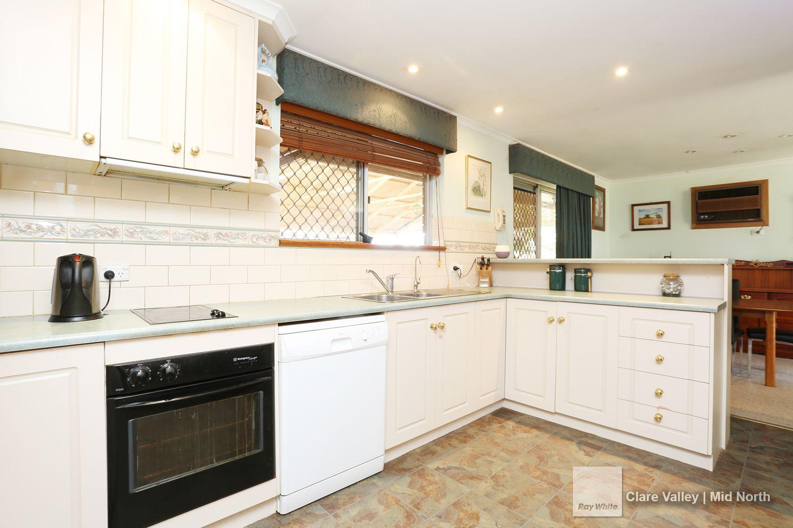 22 New Street, Robertstown SA 5381, Image 2