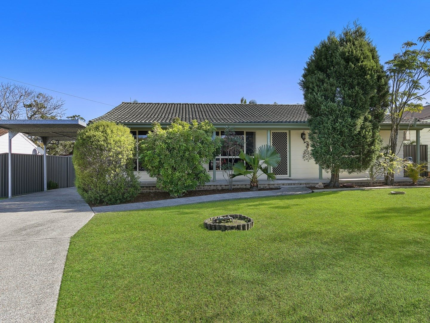 70 Pinehurst Way, Blue Haven NSW 2262, Image 0