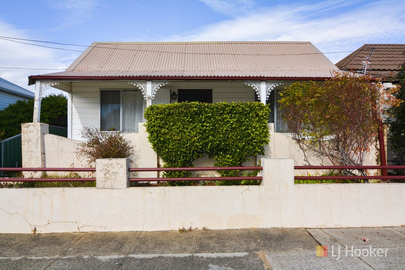 25 Read Avenue, Lithgow NSW 2790, Image 0