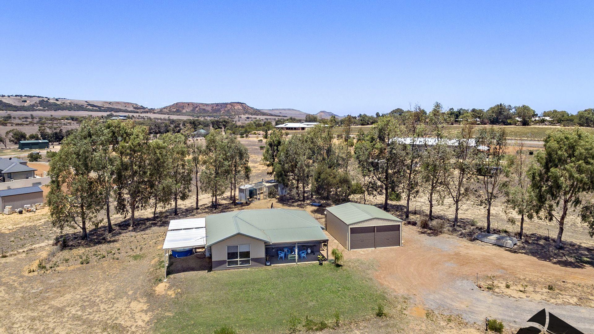 11 Hillcreek Road, Moresby WA 6530, Image 2