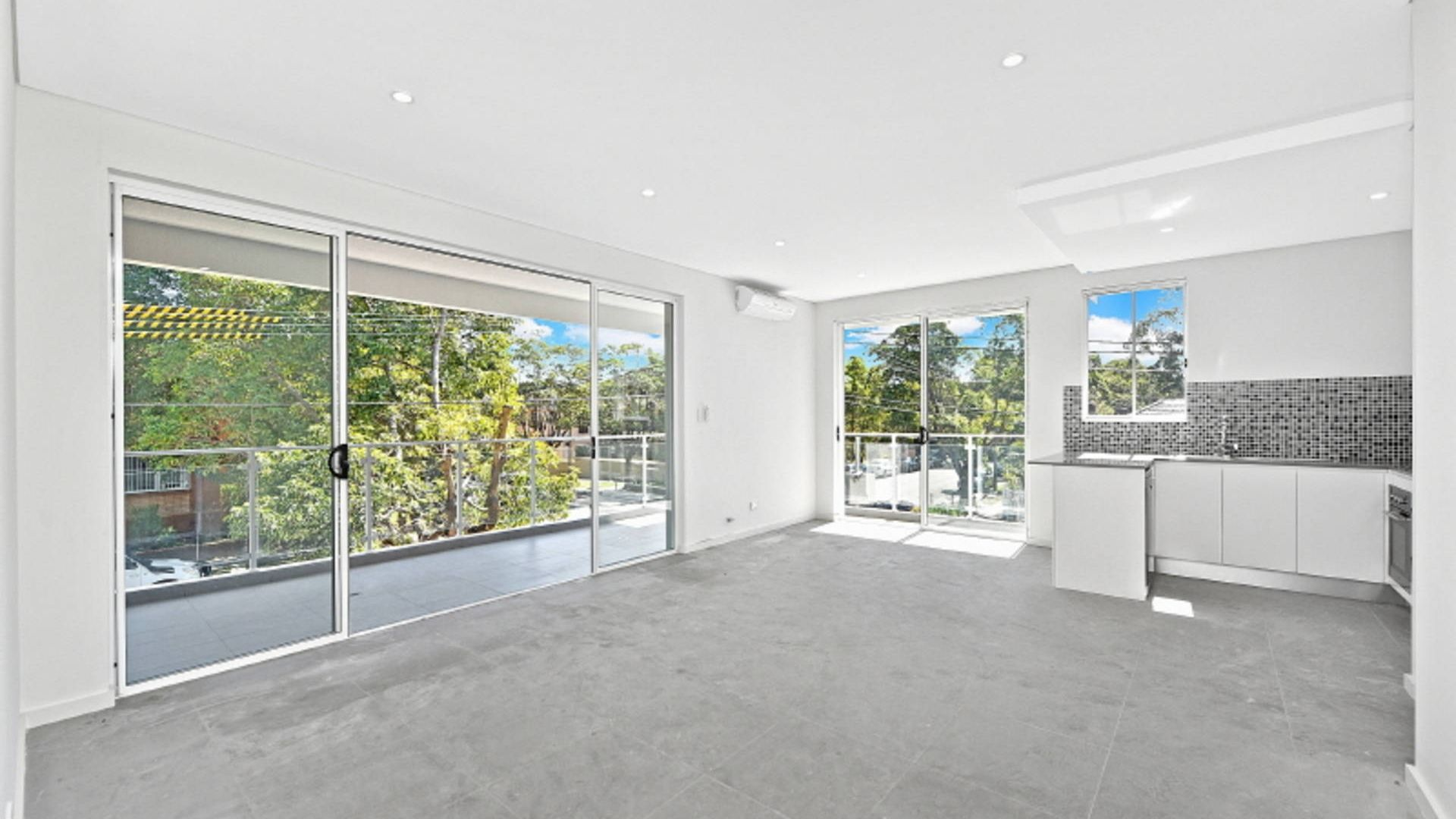 8/22-24 Seventh Avenue, Campsie NSW 2194, Image 2