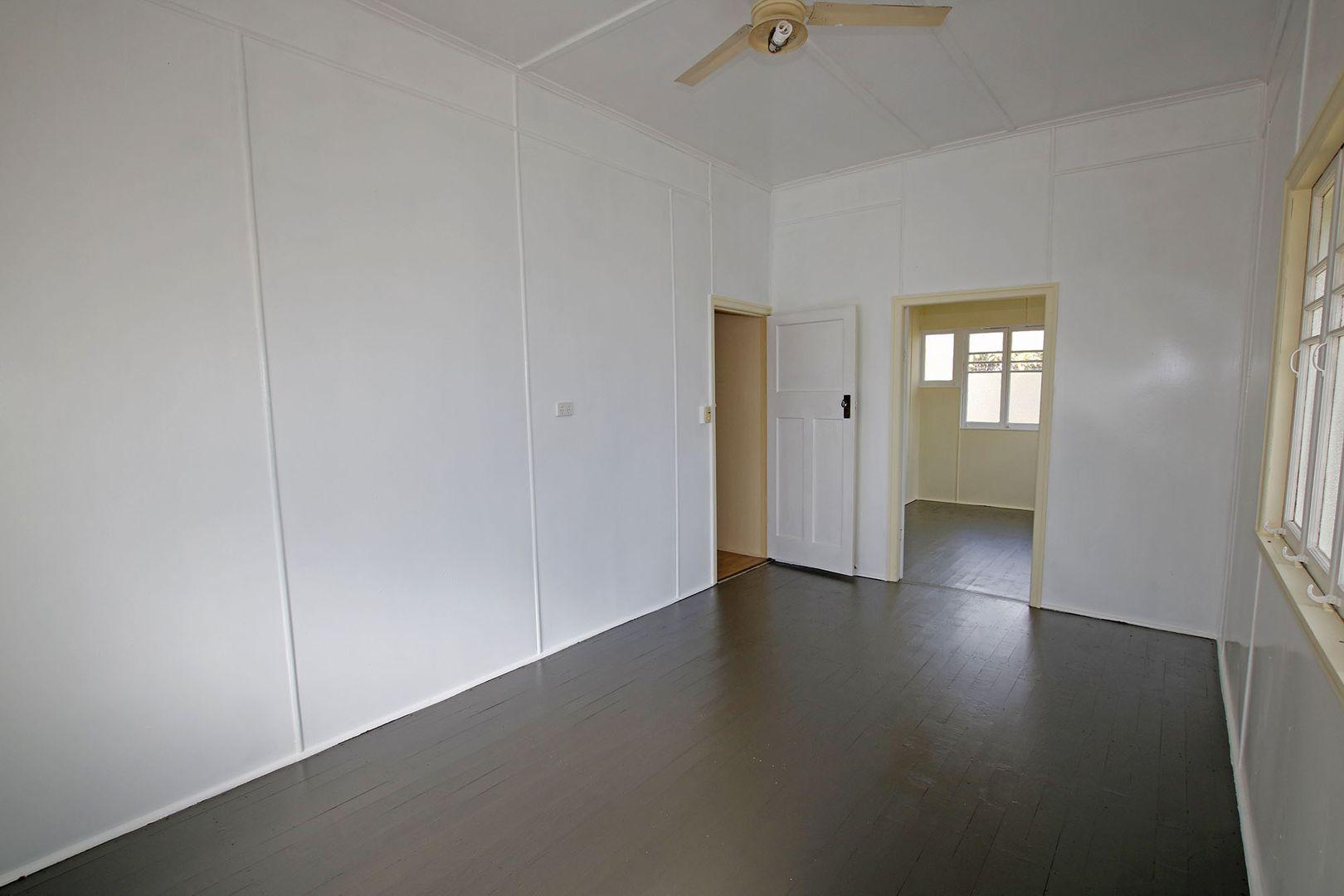 101 Leichhardt Street, Mundubbera QLD 4626, Image 2