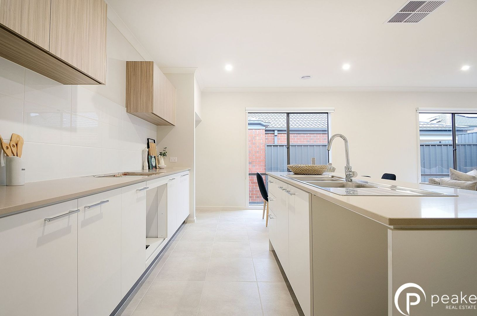 8 Jubilee Road, Clyde VIC 3978, Image 1