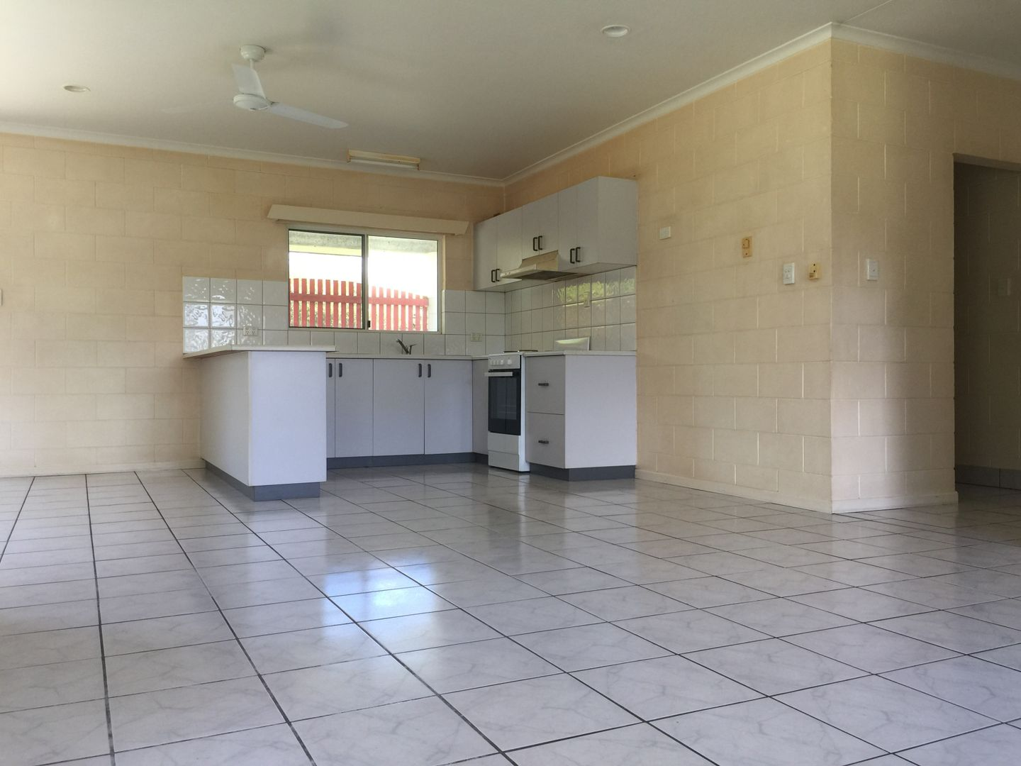 102 Tully Heads Rd, Tully Heads QLD 4854, Image 1