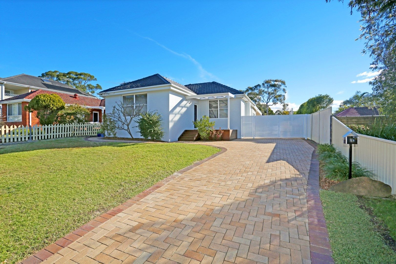 33 Carrington Avenue, Caringbah NSW 2229, Image 1