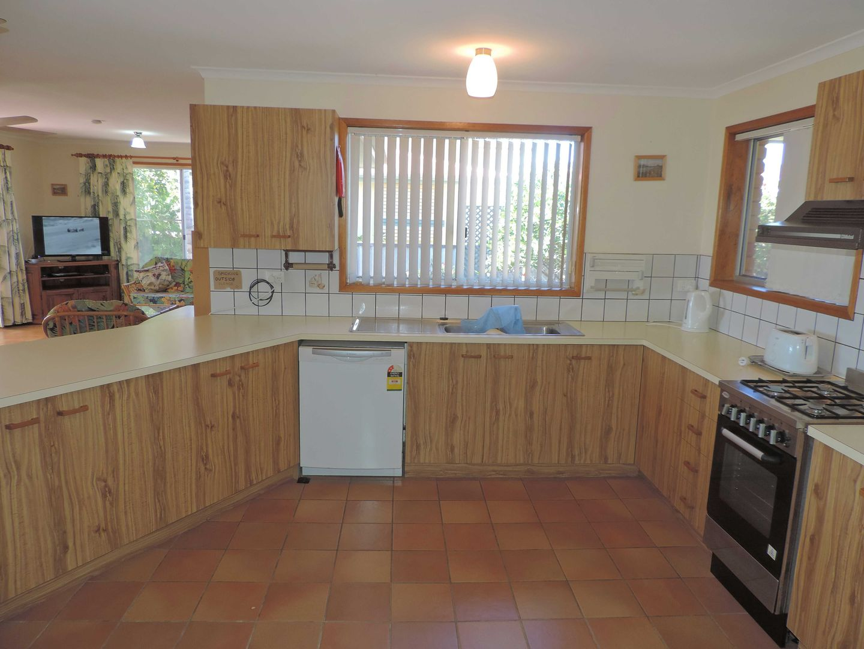74 Riverview Drive, Burrum Heads QLD 4659, Image 2