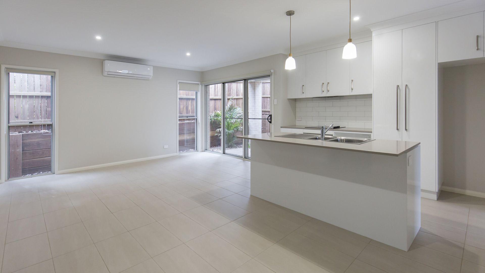 1/97A Stuart Street, Mount Lofty QLD 4350, Image 1