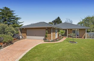 Picture of 11 Dunnell Rise, Berwick VIC 3806