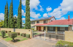 Picture of 63 Oakleaf Street, Eight Mile Plains QLD 4113