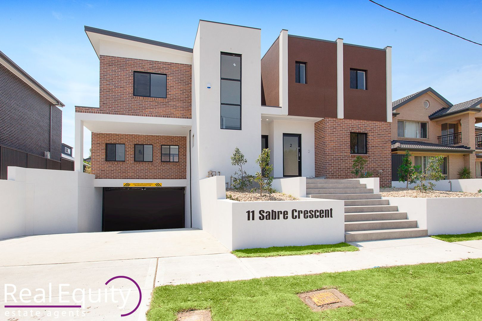 11 Sabre Crescent, Holsworthy NSW 2173, Image 0