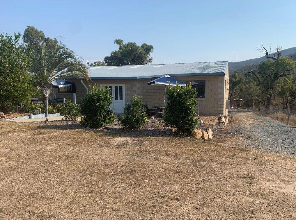 7 Olden  Court, Hideaway Bay QLD 4800, Image 0