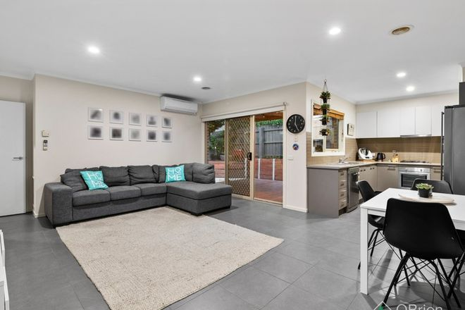 Picture of 3/4-6 May Court, GARFIELD VIC 3814