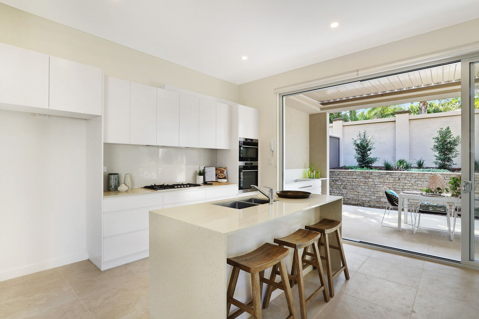 1/27 Epacris Ave, Caringbah South NSW 2229, Image 1
