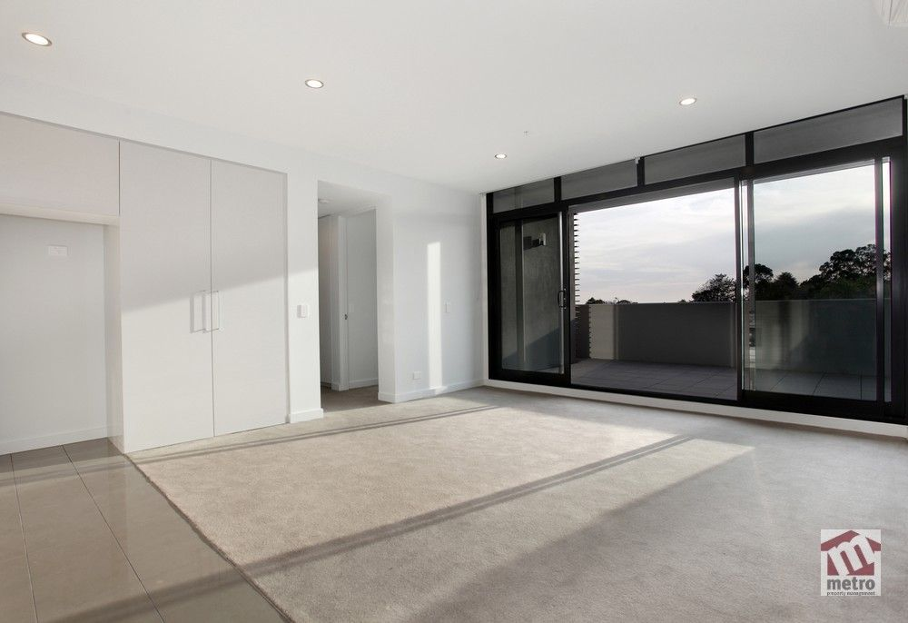205/449 Hawthorn Road, Caulfield South VIC 3162, Image 2