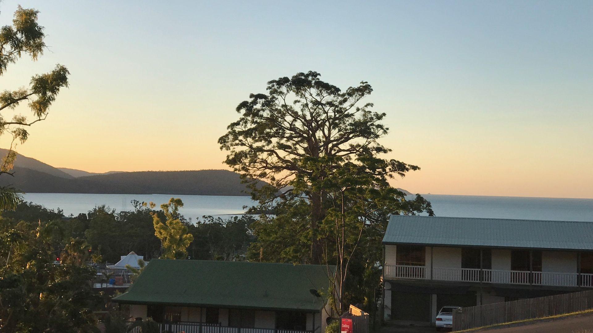 38 Island Drive, Cannonvale QLD 4802, Image 2