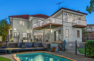 Picture of 17 Gill Street, Holland Park QLD 4121
