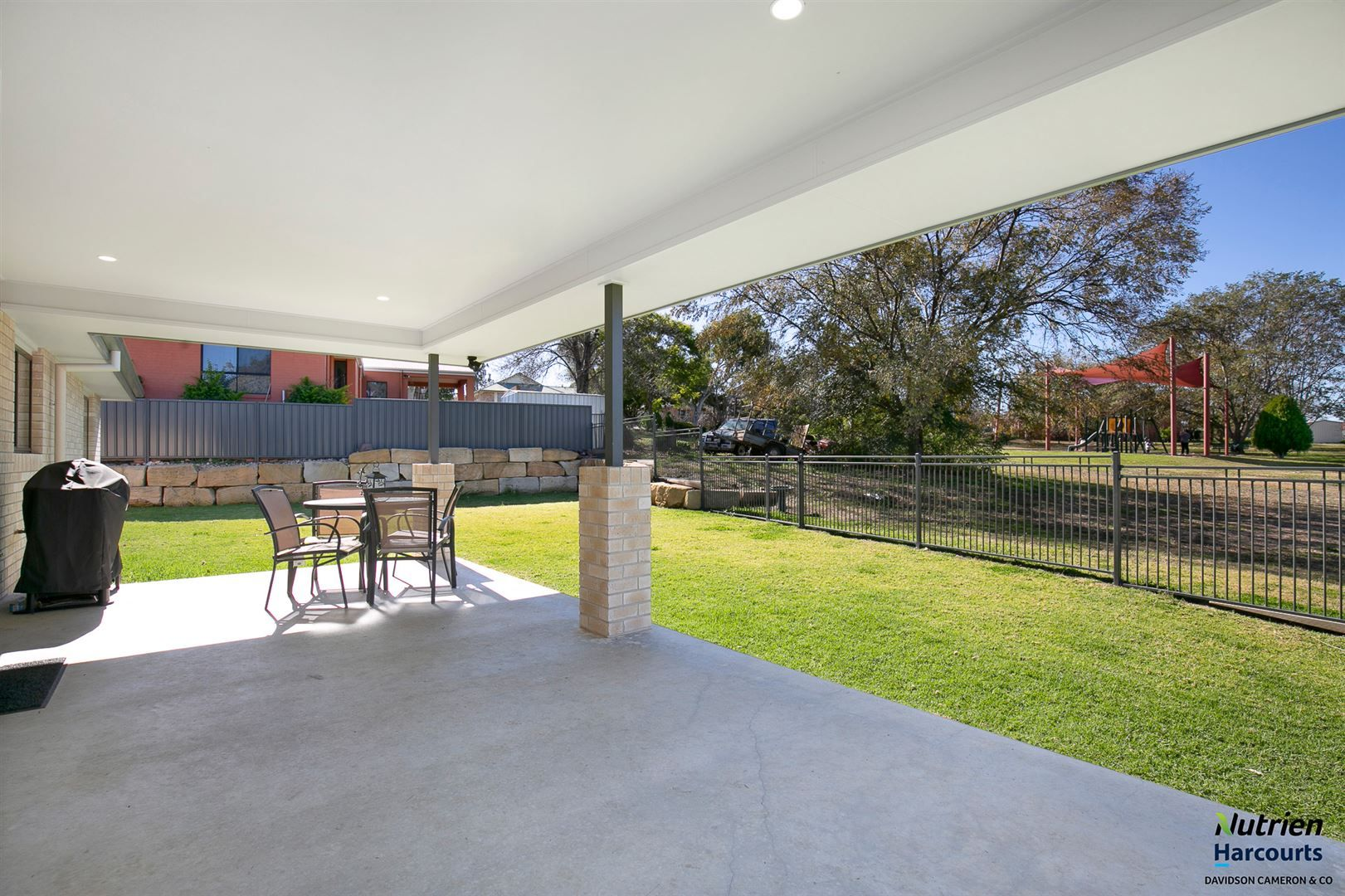 6 Vincent Place, Inverell NSW 2360, Image 2