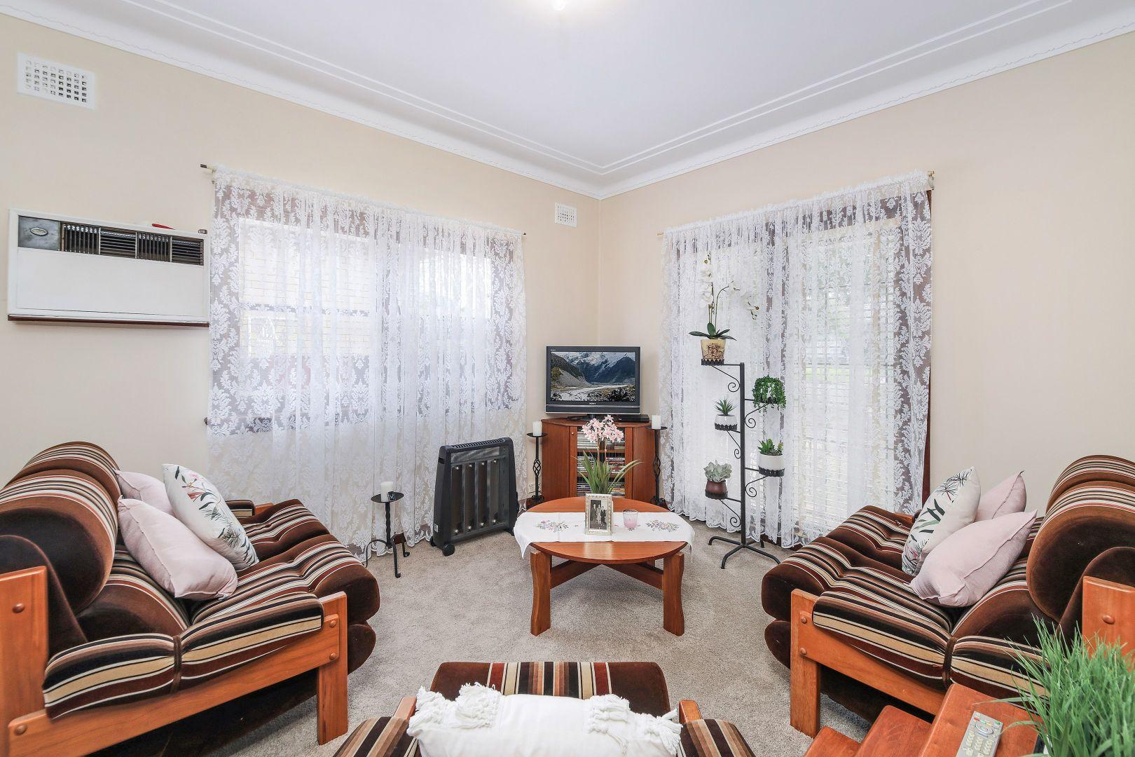 9 Lithgow Avenue, Yagoona NSW 2199, Image 1