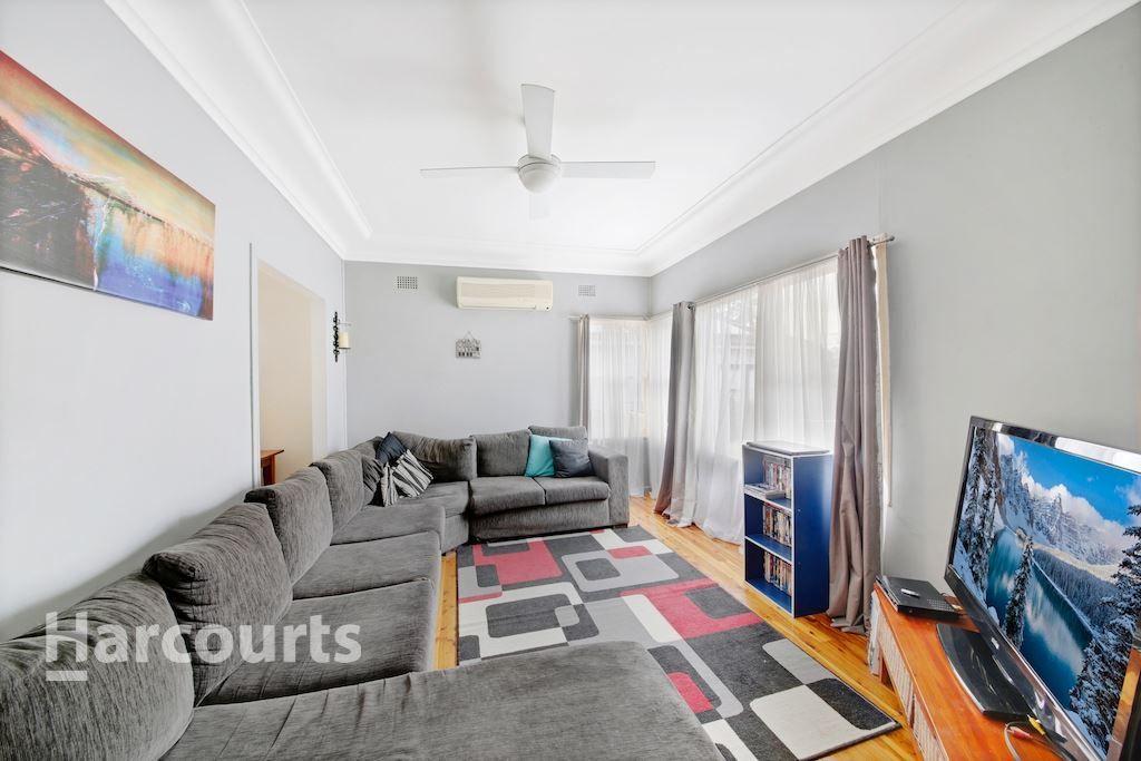 2 Yennora Street, Campbelltown NSW 2560, Image 1