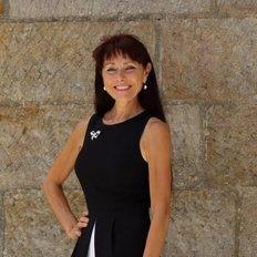 Anna Hall, Sales representative