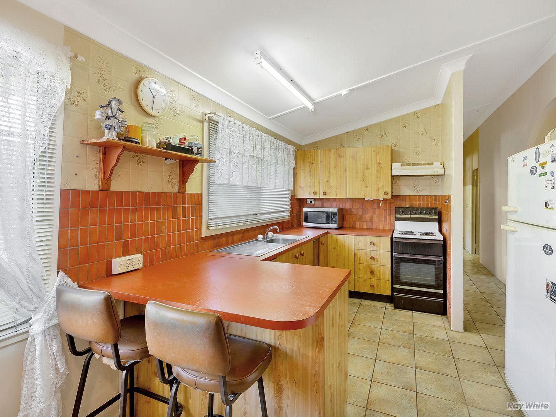 49 Blaxland Crescent, Redbank Plains QLD 4301, Image 2