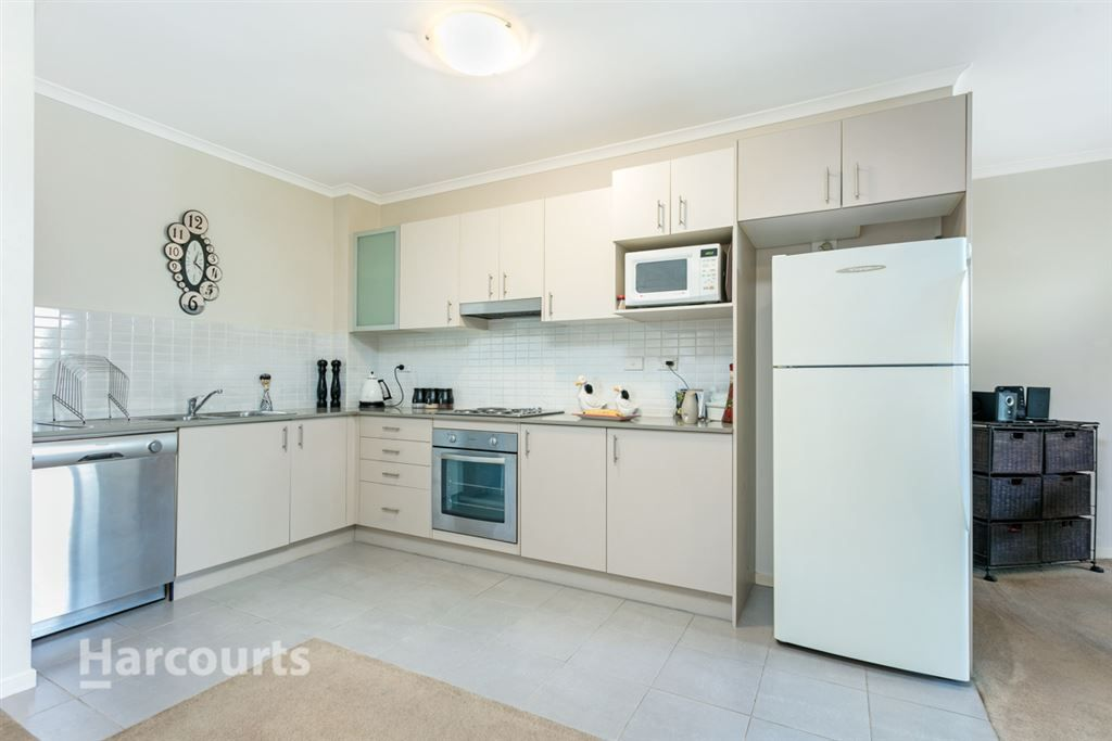 305/1 Griffiths Street, Blacktown NSW 2148, Image 2
