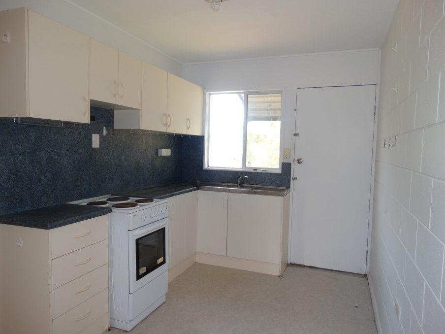 Unit 1/14 Fraser Ave, Cranbrook QLD 4814, Image 1