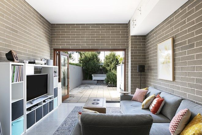 Picture of 21 Burren Street, ERSKINEVILLE NSW 2043