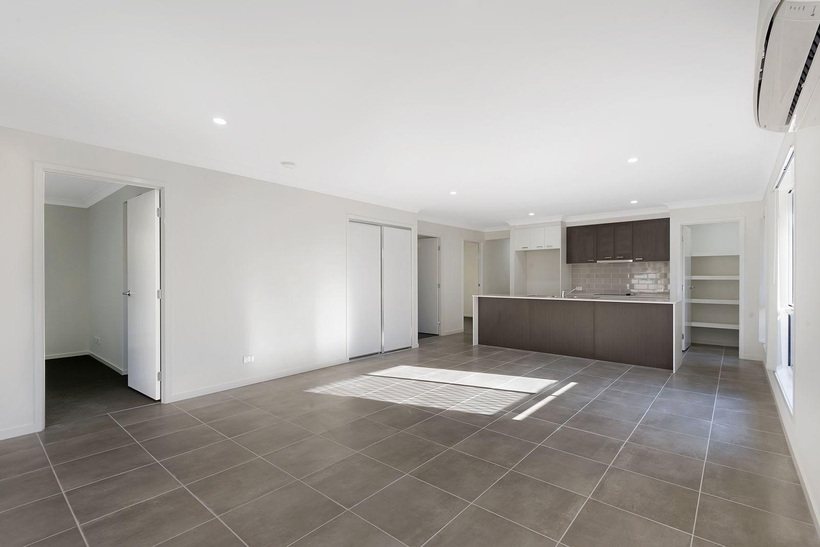 7 Mica street, Yarrabilba QLD 4207, Image 2