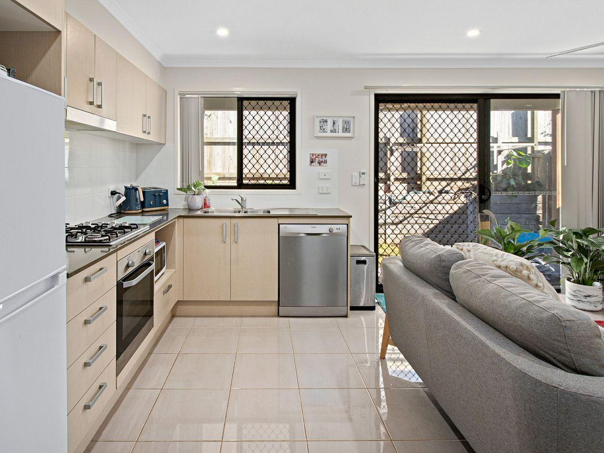 34 Antelope Street, Dakabin QLD 4503, Image 2