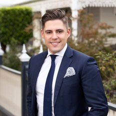 Reece Pearson, Sales representative