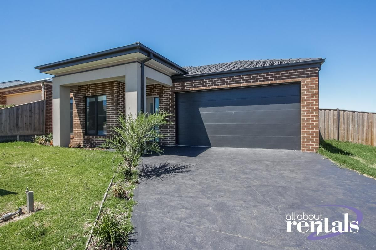 12 Sunridge Avenue, Warragul VIC 3820, Image 0