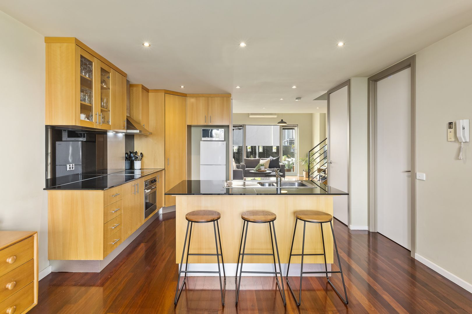 9/5 Anderson Street, West Melbourne VIC 3003, Image 2