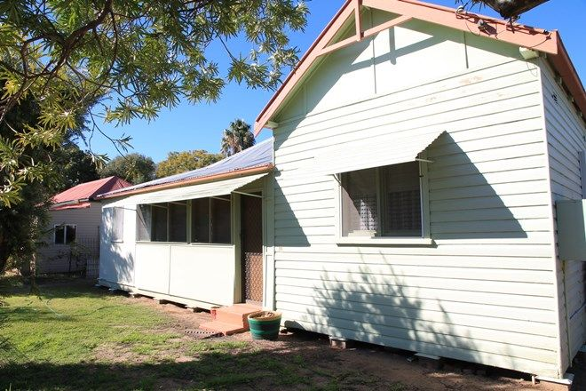 Picture of 26 Droubalgie Street, NARRABRI NSW 2390