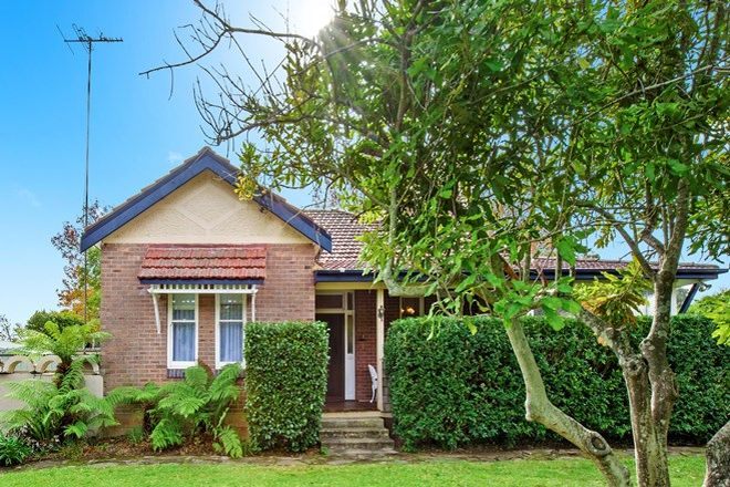 Picture of 44 Pretoria Parade, HORNSBY NSW 2077