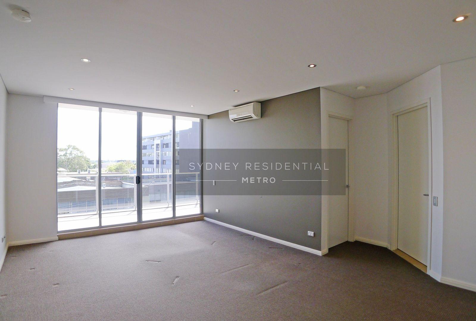 9 Rothschild Avenue, Rosebery NSW 2018, Image 2