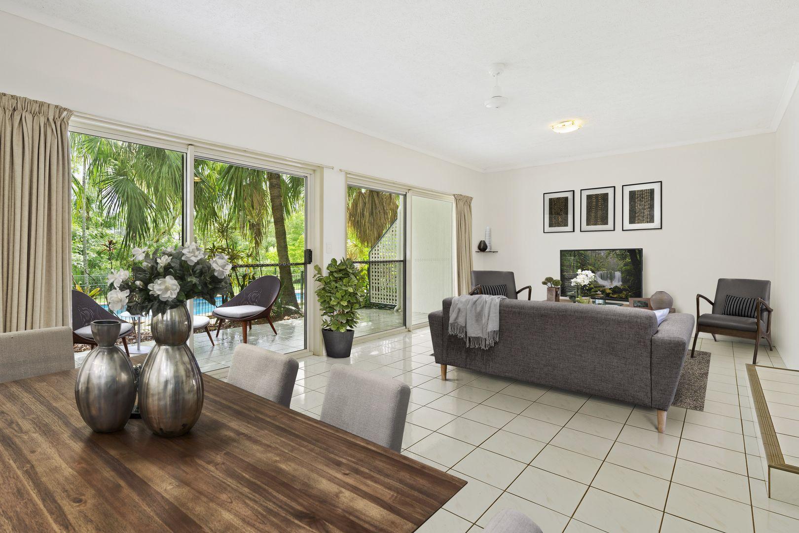 2/15 Tropic Road, Cannonvale QLD 4802, Image 0