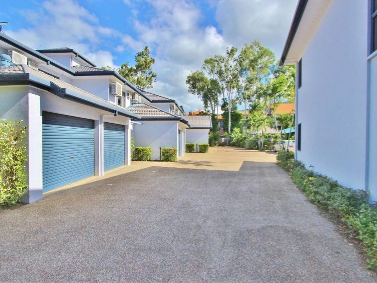 3/18 Clifton Road, Clifton Beach QLD 4879, Image 1