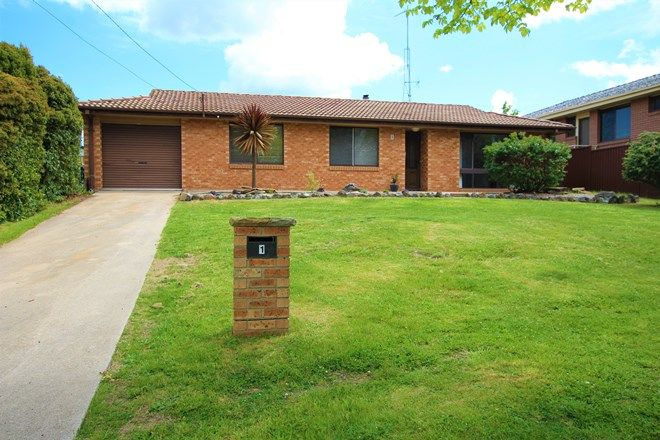 Picture of 1 Strathroy Avenue, OBERON NSW 2787